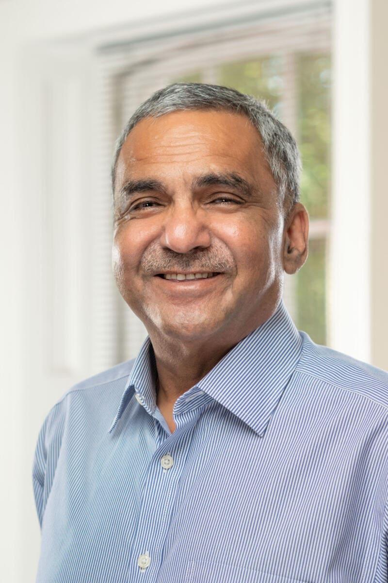 Ravi Jain - Senior Consultant